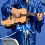 エレキギターとアコースティクギターの弦・弾き方・コードの違い