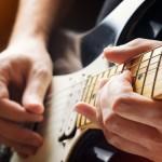 【もう挫折したくない…】エレキギターの速弾きソロの練習のコツ