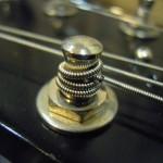 エレキギター弦おすすめの太さを種類別に解説。選び方は選曲次第